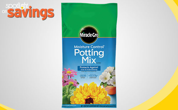 Miracle-Gro Moisture Control Potting Soil Mix